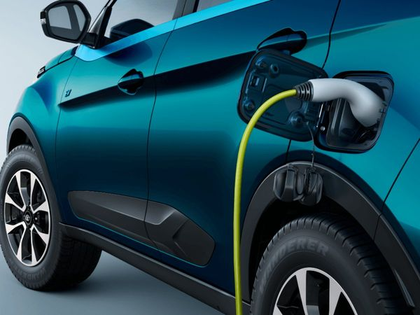Maharashtra to work on revised policy for electric vehicles
